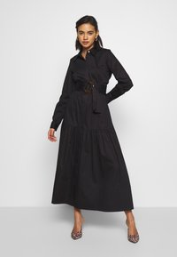 Who What Wear - THE BELTE DRESS - Maxi šaty - black - 0