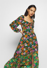 Who What Wear - THE PUFFSLEEVE MIDI DRESS - Maxi-jurk - green/multi - 3