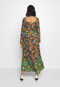 Who What Wear - THE PUFFSLEEVE MIDI DRESS - Maxikjole - green/multi - 2