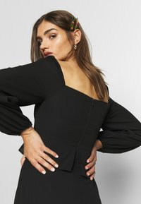Who What Wear - THE PUFFSLEEVE MIDI DRESS - Kjole - black - 3