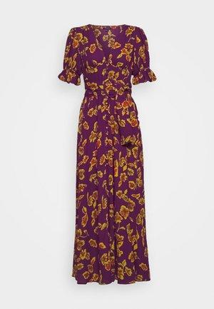 THE BELTED PUFF SLEEVE DRESS - Robe chemise - pop art purple