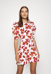 Who What Wear - THE PUFF BELTED DRESS - Day dress - white - 0