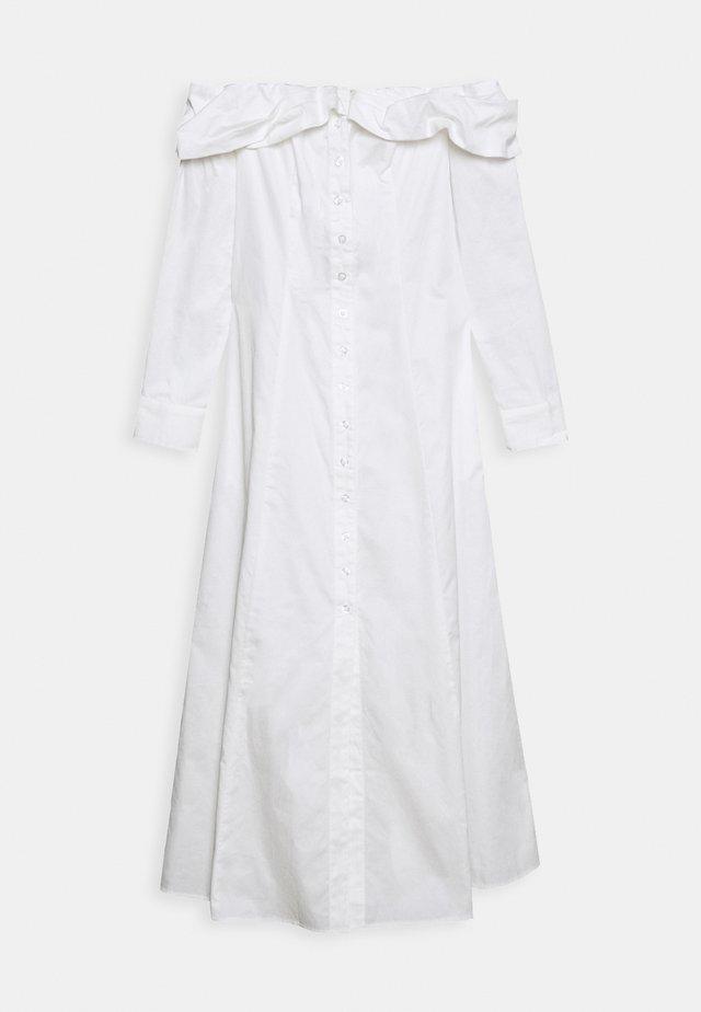 THE OFF THE SHOULDER SHIRT DRESS - Korte jurk - white