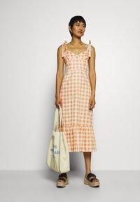 Who What Wear - TIE STRAP BUSTIER DRESS - Day dress - orange - 1