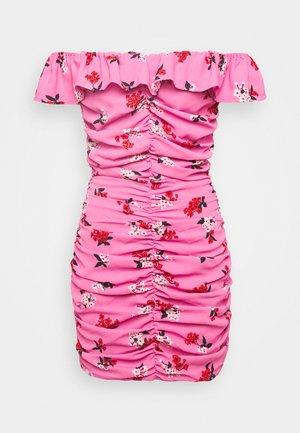 PARTY DRESS - Pouzdrové šaty - blossom pink