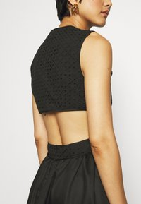 Who What Wear - CROSSOVER DRESS - Vestito estivo - black - 4