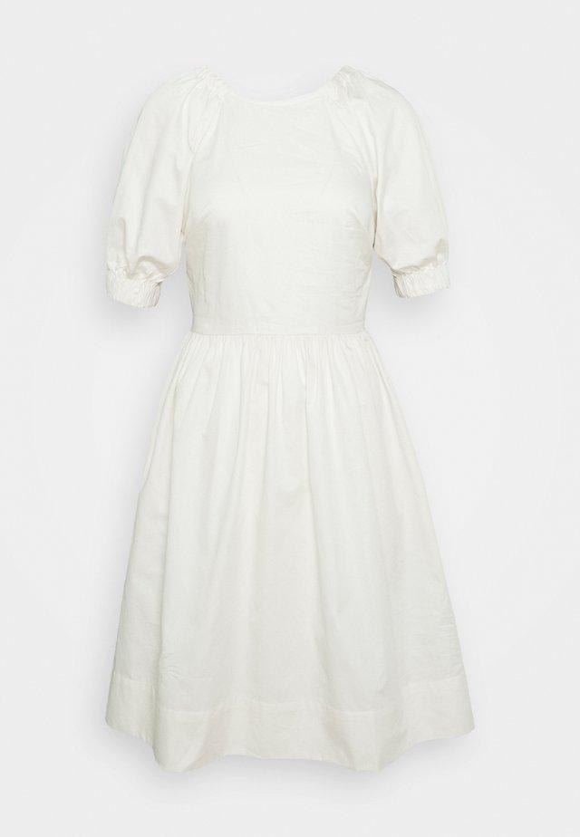 CUT OUT BACK DRESS - Korte jurk - powder