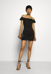 Who What Wear - PARTY DRESS - Etui-jurk - black - 1