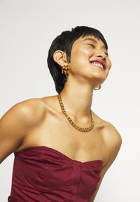 Who What Wear - STRAPLESS BUSTIER DRESS - Abito da sera - rosewood - 3