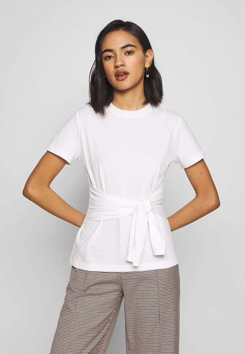 Who What Wear - THE KNOT  - T-shirts - white