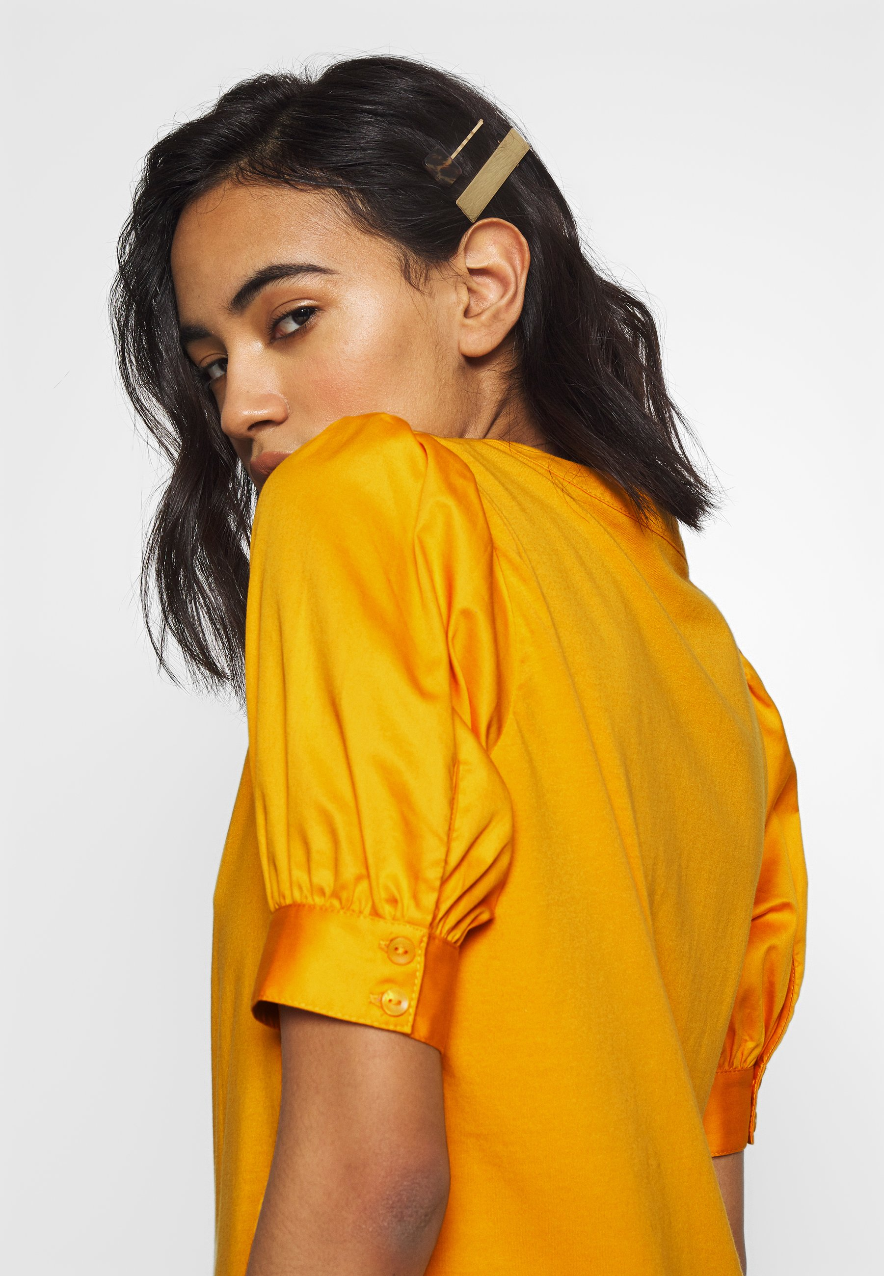 Who What Wear PUFF SLEEVE - T-shirts med print - sunflower