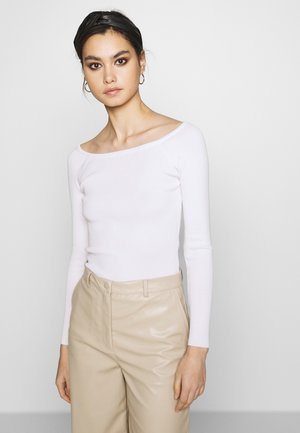 THE LONG SLEEVE OFF THE SHOULDER - Jumper - white
