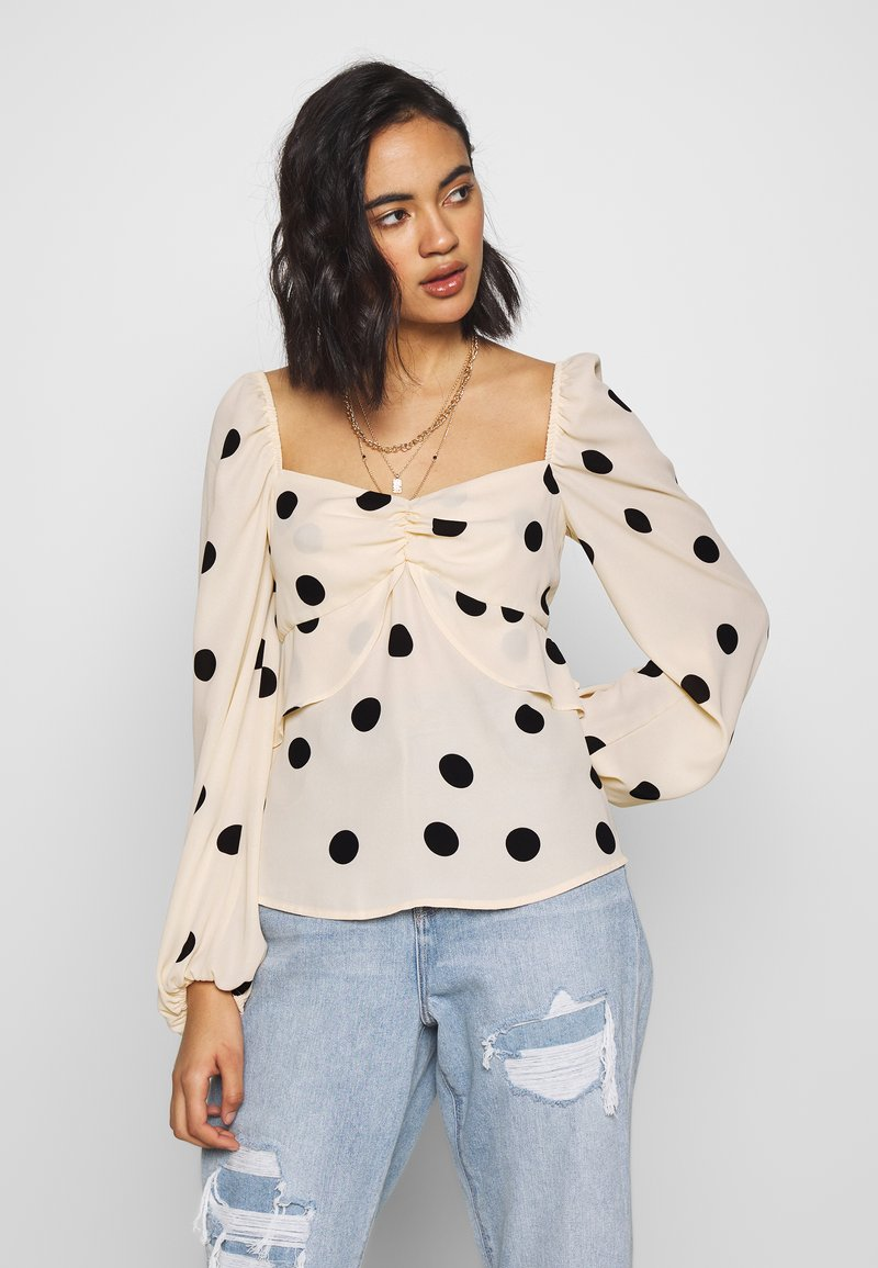 Who What Wear - THE PUFFSLEEVE MILKMAID - Blusa - ivory/black