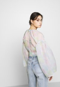 Who What Wear - THE WIDE SLEEVE WRAP - Blůza - off white - 2