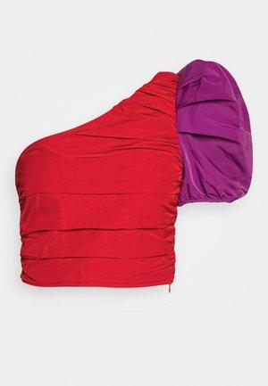 THE ONE SLEEVE PARTY - Bluser - crimison/violet