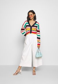 Who What Wear - THE BOXY - Cardigan - multi-stripe - 1