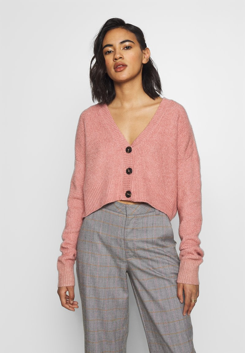 Who What Wear - THE BOXY - Cardigan - pink