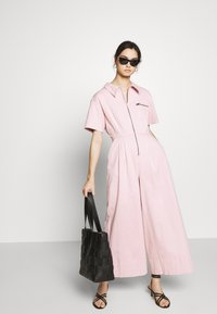 Who What Wear - THE BOILER SUIT - Jumpsuit - rose - 1