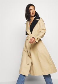 Who What Wear - Trench - tan/black - 4