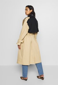 Who What Wear - Trench - tan/black - 2