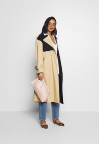Who What Wear - Trench - tan/black - 1