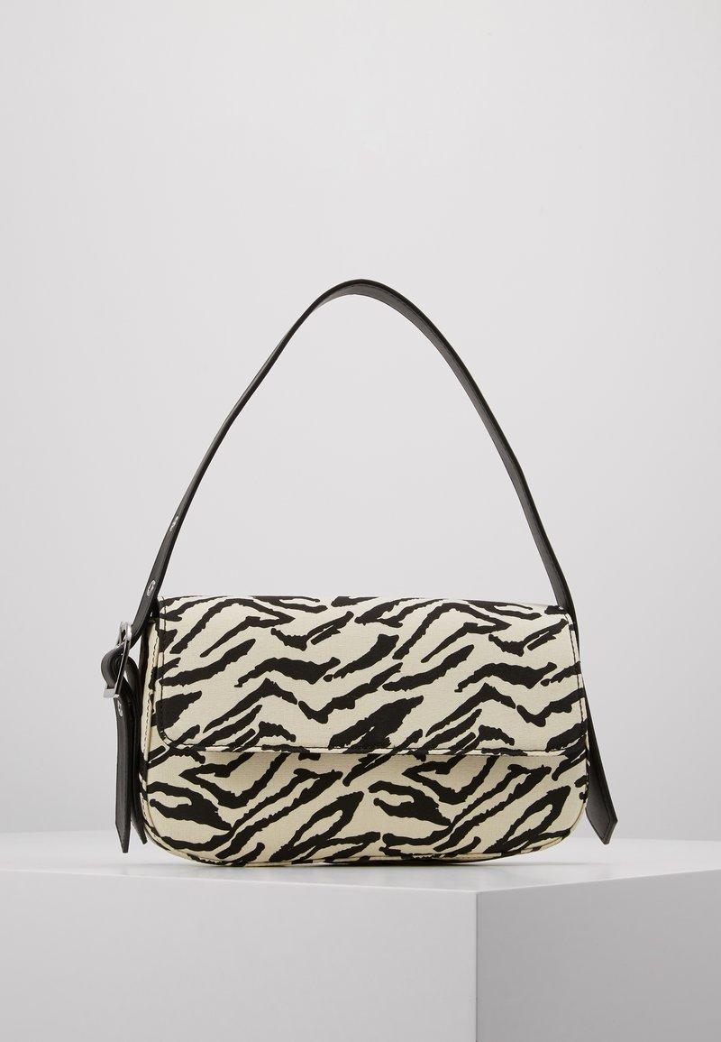 Who What Wear - SAIDE - Handbag - black