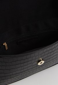 Who What Wear - SAIDE - Handbag - black - 4