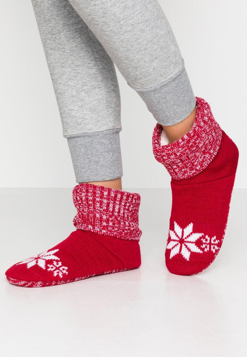 Wild Feet - WILD FEET BOOTIE - Slippers - red