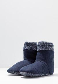 Wild Feet - WILD FEET BOOTIE - Slippers - navy - 4
