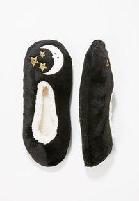 Wild Feet - WILD FEET SLIPPER SOCKS - Sokken - black - 0