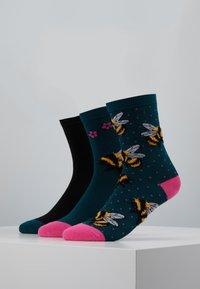 Wild Feet - FLUFFY BEE SOCKS 3 PACK - Sokken - multi - 0