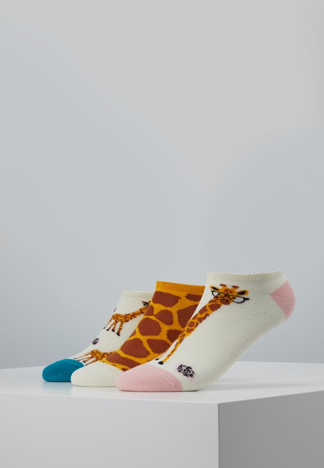 GIRAFFE TRAINER SOCKS 3 PACK - Ponožky - multi