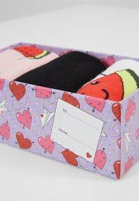 Wild Feet - WATERMELON SOCK GIFT BOX 3 PACK - Sokken - multi - 2