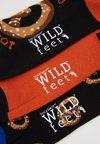 Wild Feet - PRETZEL SOCKS 3 PACK - Strumpor - multi-coloured