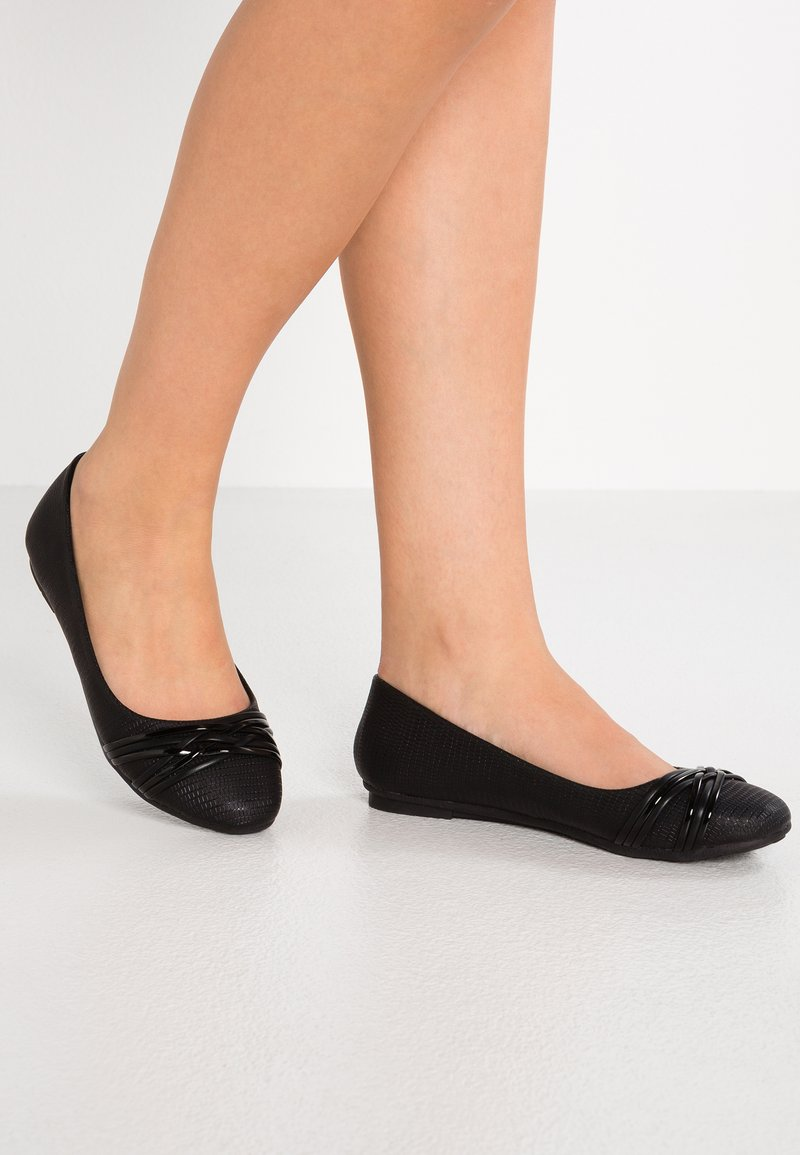 Wallis - BASTILLE - Ballet pumps - black