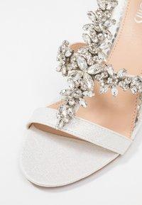 Wallis - SINGING - High heeled sandals - white - 2