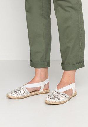 BEACH - Espadrilles - white