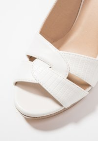 Wallis - SANTANA - High heeled sandals - white - 2