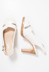 Wallis - SANTANA - High heeled sandals - white - 3