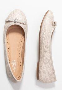 Wallis - BONNIE - Ballet pumps - cream - 3