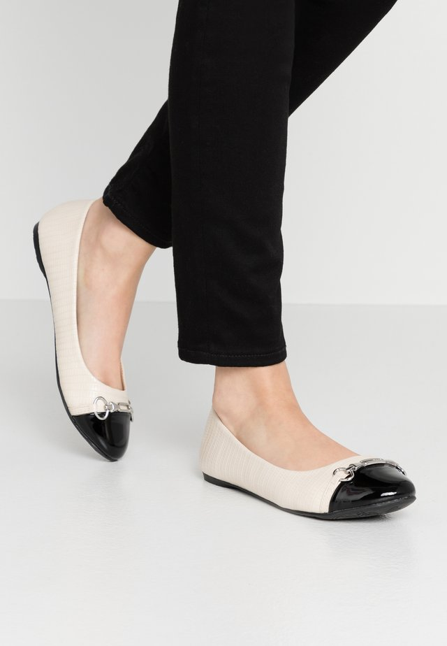 BELLE - Ballet pumps - cream/black