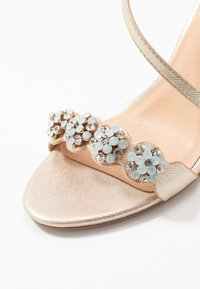 Wallis - SANTIAGO - High heeled sandals - gold shimmer - 2