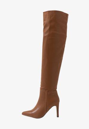 PUZZLE - Boots med høye hæler - tan