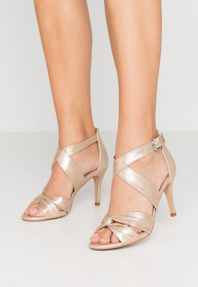 STARBRIGHT - Sandalen met hoge hak - gold