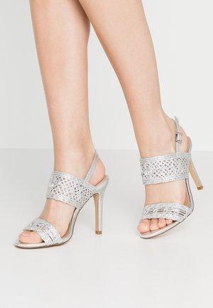 STILLA - Højhælede sandaletter / Højhælede sandaler - silver