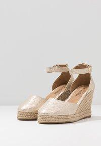 Wallis - SALTASH - High heels - gold - 4