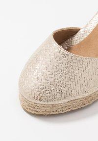 Wallis - SALTASH - High heels - gold - 2