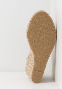 Wallis - SALTASH - High heels - gold - 6