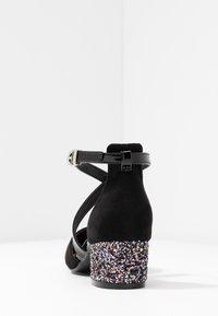 Wallis - CARA - Pumps - black - 5