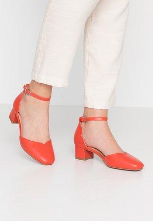 BECCA - Classic heels - orange